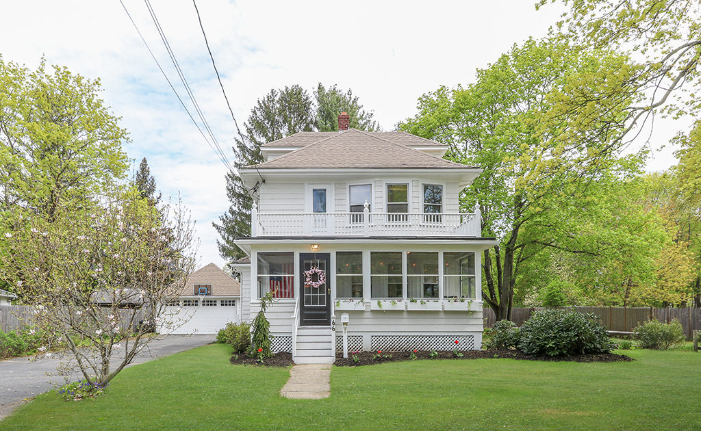 Front Exterior Image of 66 Pleasant Street in Medfield MA