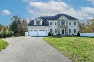 Front Exterior Photograph of 2 Lincoln Hill Way, Foxboro MA
